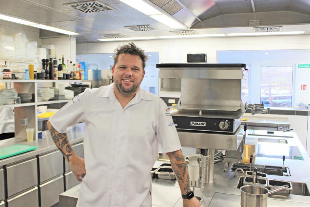 Gunnar Hesse ist mehr als glücklich im neuen Küchenparadies von Palux